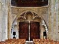Autun Cathédrale St. Lazare Innen Portal.jpg