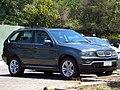BMW X5 4.4i 2006 (14080979401).jpg
