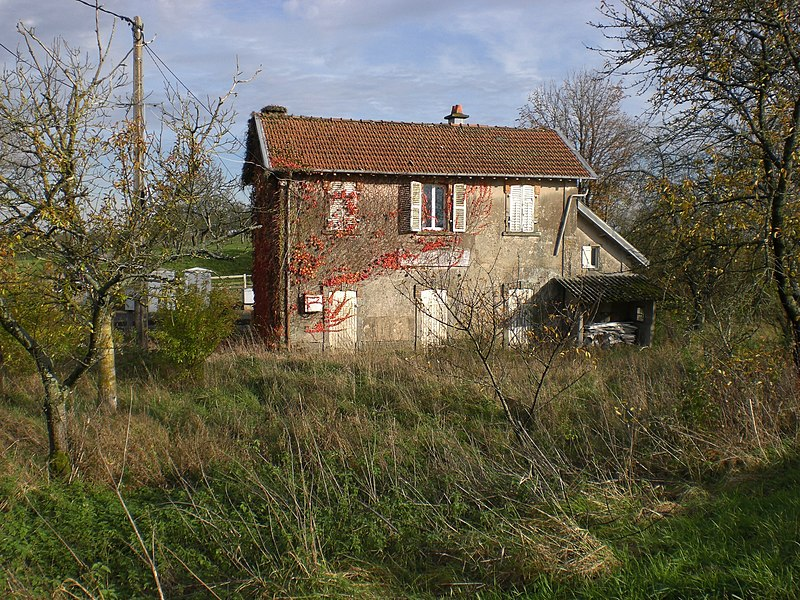 De:Bahnhof Bouzanville-Boulaincourt, Gartenseite