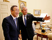 Ban Ki-moon with George W. Bush.