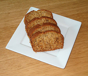 en: Some pieces of Banana Bread sv: Några bita...