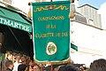 Bannière des Compagnons de la Clairette de Die à la Fête des Vendanges de Montmartre.jpg