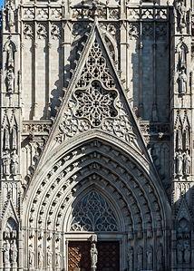 Catedrales la catedral de santa eulalia for Puerta jakober augsburgo