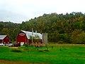 Barn and a Silo - panoramio (4).jpg