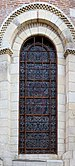 Basilica Saint-Sernin - Stained glass.jpg