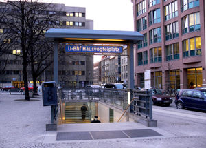 Hausvogteiplatz (Berlin U-Bahn) - East entrance, Hausvogteiplatz U-Bahn station, 2006