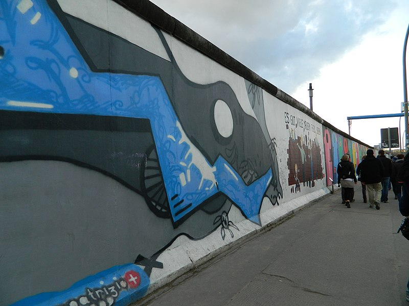 File:Berlin Wall6329.JPG