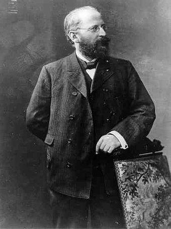 Eduard Bernstein, one notable Marxist revisionist who supported reformism Bernstein Eduard 1895.jpg