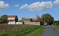 Bessac 16 Le bourg 2014.jpg