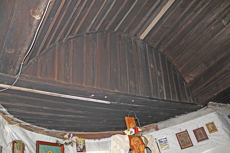 Fișier:Biserica de lemn din Satu Nou5.jpg