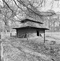 Blokhut in voormalig hertenkamp - Leersum - 20130403 - RCE.jpg