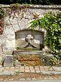 Boury-en-Vexin (60), fontaine, route de Vaudancourt 2.jpg