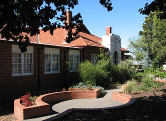 Box Hill South, Victoria - Roberts McCubbin Primary School