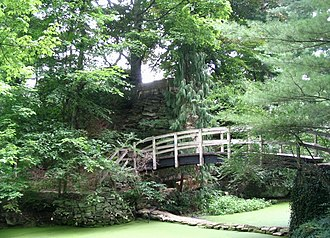 Stan Hywet Hall and Gardens - Image: Bridge at Stan Hywet Gardens