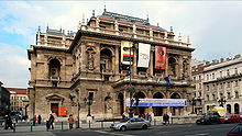 Budapest Opera front view.jpg
