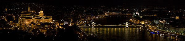 Budapest from Gellert Hill MC.jpg