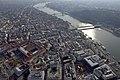 Budapest látképe hidakkal légi felvételen.jpg