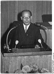 Bundesarchiv Bild 183-12425-0037, Berlin, 13. und 14. Volkskammersitzung
