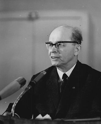 Alexander Abusch - Alexander Abusch (1966).