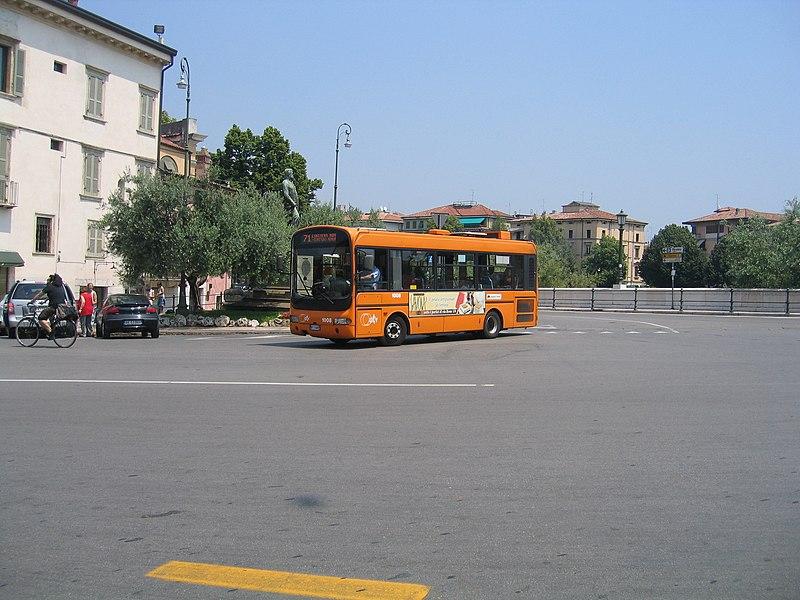 Como se locomover de ônibus em Verona