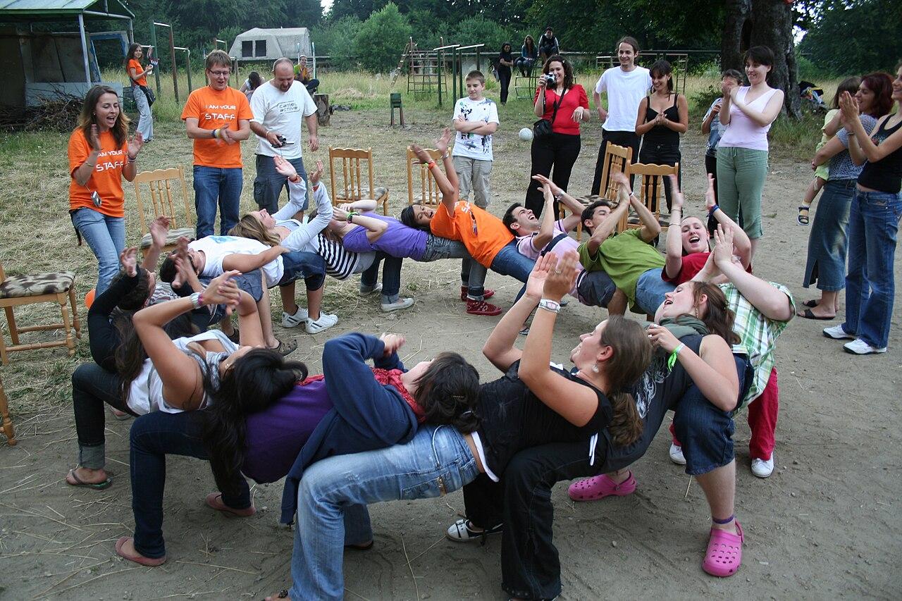 Activities Team Building Peu Commun