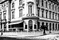 Cafe Rathaus im Amtsgebäude Liesing um 1930.jpg