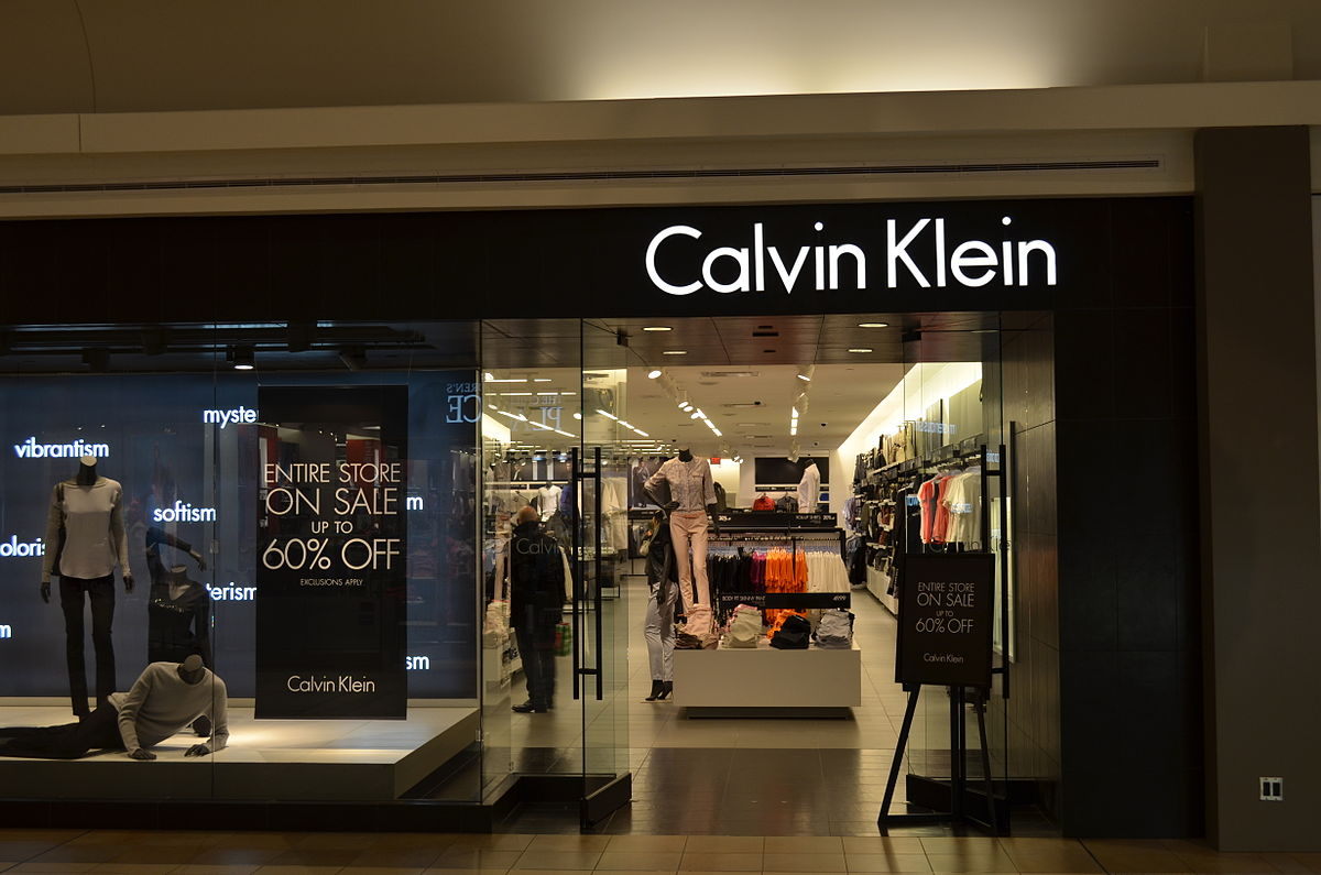 CALVIN KLEIN FOR MEN. Synonymous with relaxed luxury and refined simplicity, CALVIN KLEIN for him has been revered by urban sophisticates since Half a century on, CALVIN KLEIN retains its original affinity with clean lines and upholds its sleek attitude to loungewear, casualwear, tailoring and ready-to-wear attire.