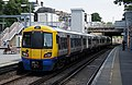 Canonbury railway station MMB 05 378136.jpg