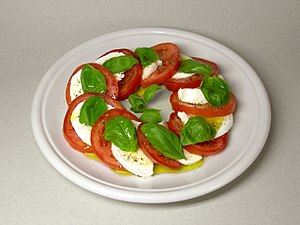 English: Insalata caprese, made from mozzarell...