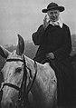 Cardenal Sarto montado a caballo.jpg