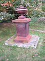 Cast Iron grave memorial - geograph.org.uk - 1016100.jpg