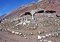 Cementario de Aconcagua. - Flickr - Dick Culbert.jpg