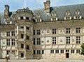 120px-Ch%C3%A2teau_de_Blois_05