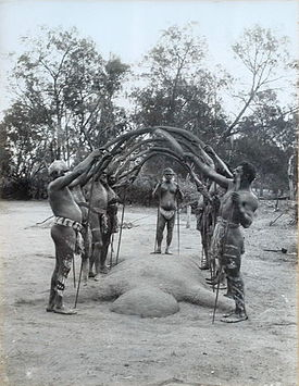 Charles Kerry - An Aboriginal Bora Ceremony, 1898.jpg