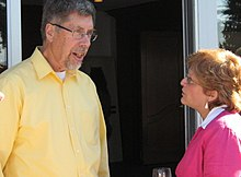 Charles Krebs and Dawn Bazely at Judy Myers' retirement celebration in 2007 (cropped).jpg
