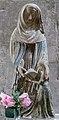 Chatillon-sur-Seine Saint-Nicolas statue Education Vierge sainte Anne.jpg