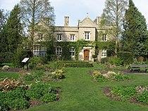 Cherry Hinton Hall.jpg
