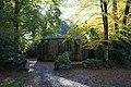 Chevet chapelle Croix Loqueffret.JPG