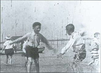 Cinema of Wales - Still from children playing on Rhyl Sands (1898)