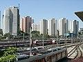 Condomínio Residencial Flamboyant I e Residencial das Acácias - vista da Estação Presidente Altino da CPTM - panoramio.jpg