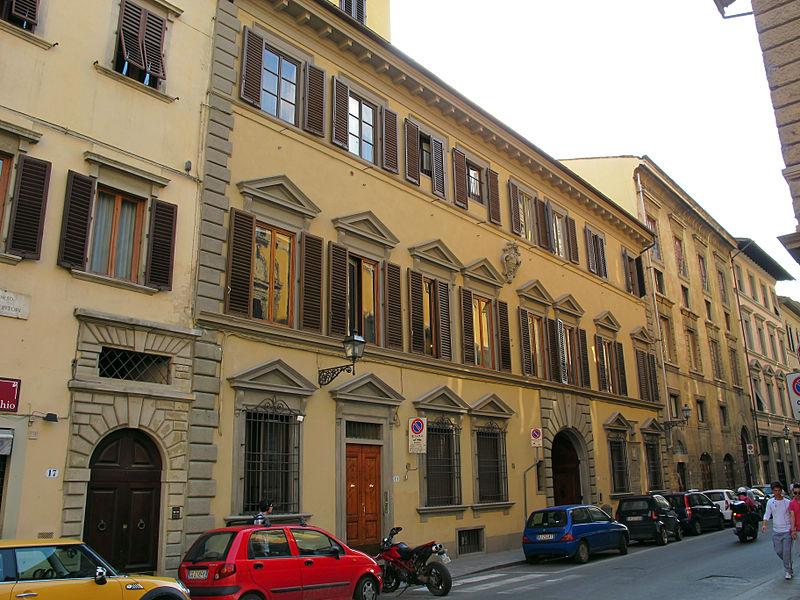 File:Corso tintori 19-21, palazzo bombicci pontelli 01.JPG