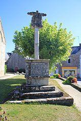 croix de cimetière de Saint-Thuriau en Plumergat