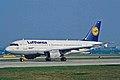 D-AILC A319-114 Lufthansa MAN 30MAR02 (7157888516).jpg