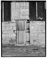 DETAIL - EAST SIDE DOOR - Kandt-Domann Farmstead, Barn, State Route 3, Hope, Dickinson County, KS HABS KANS,21-HOPE.V,1-B-8.tif