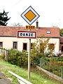 Danzé-FR-72-panneau d'agglomération-01.jpg