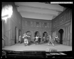 De tre musketörerna, Svenska teatern 1900. Föreställningsbild
