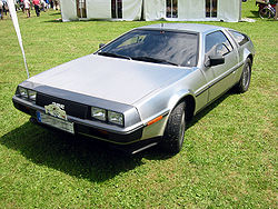 DeLorean DMC-12 1981 року