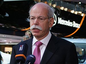 300px DieterZetscheIAA2009 Zetsche Not Yet Ready to Give Bernhard the Key to Mercedes Management