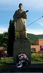 Dolne Vestenice Pomník obetiam 1 a 2 svetovej vojny Vojtech Baďura.jpg