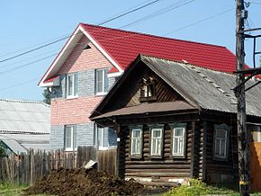 Double-house in Nikul'skoe.jpg
